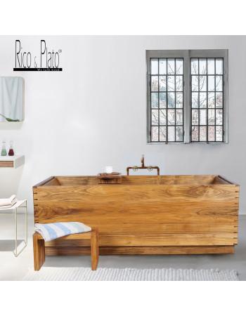 teak bathtub | Rico & Plato